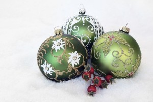 christmas-bauble-2956231_640